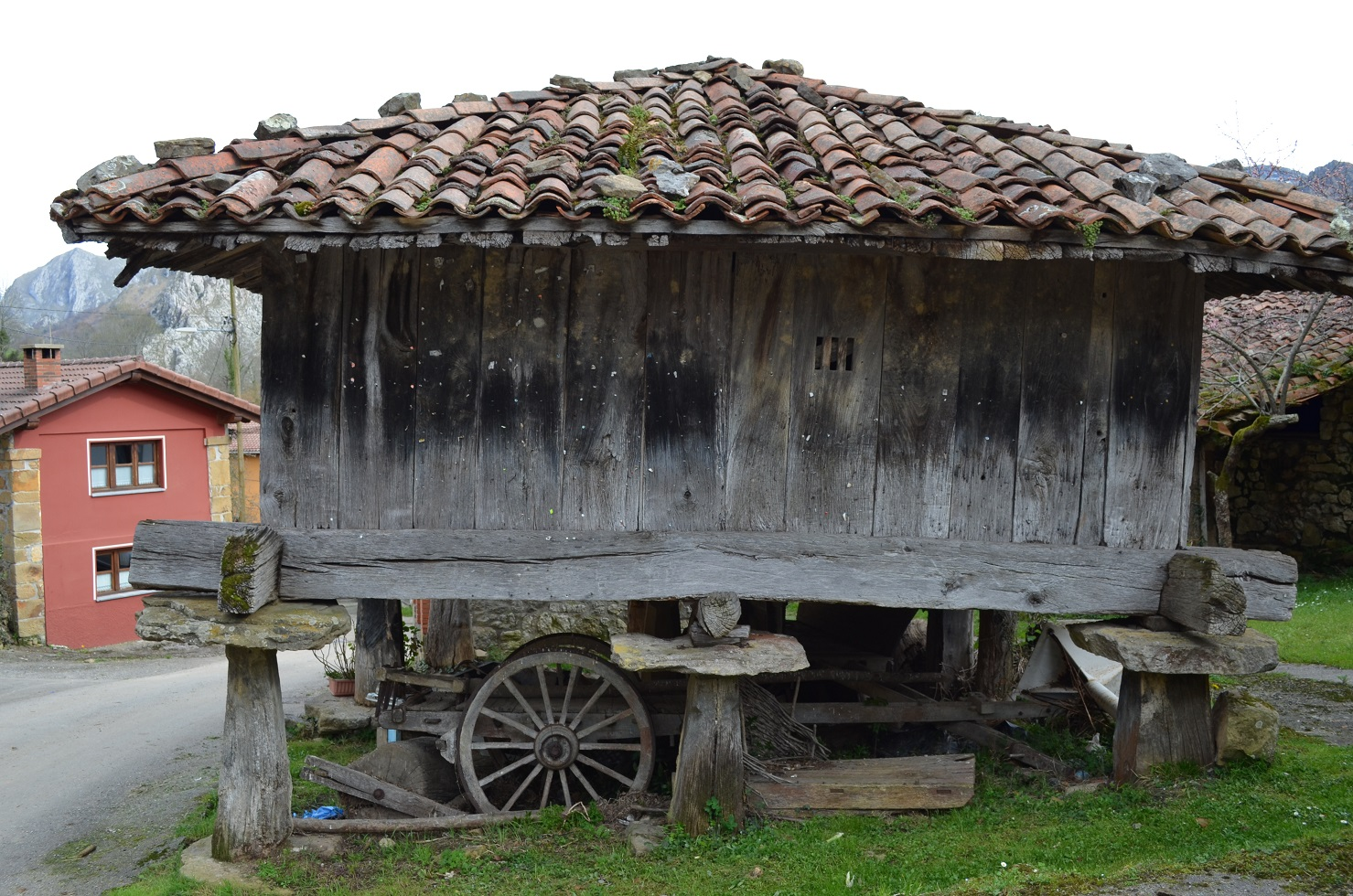 AGUAS DE CAZO 042R